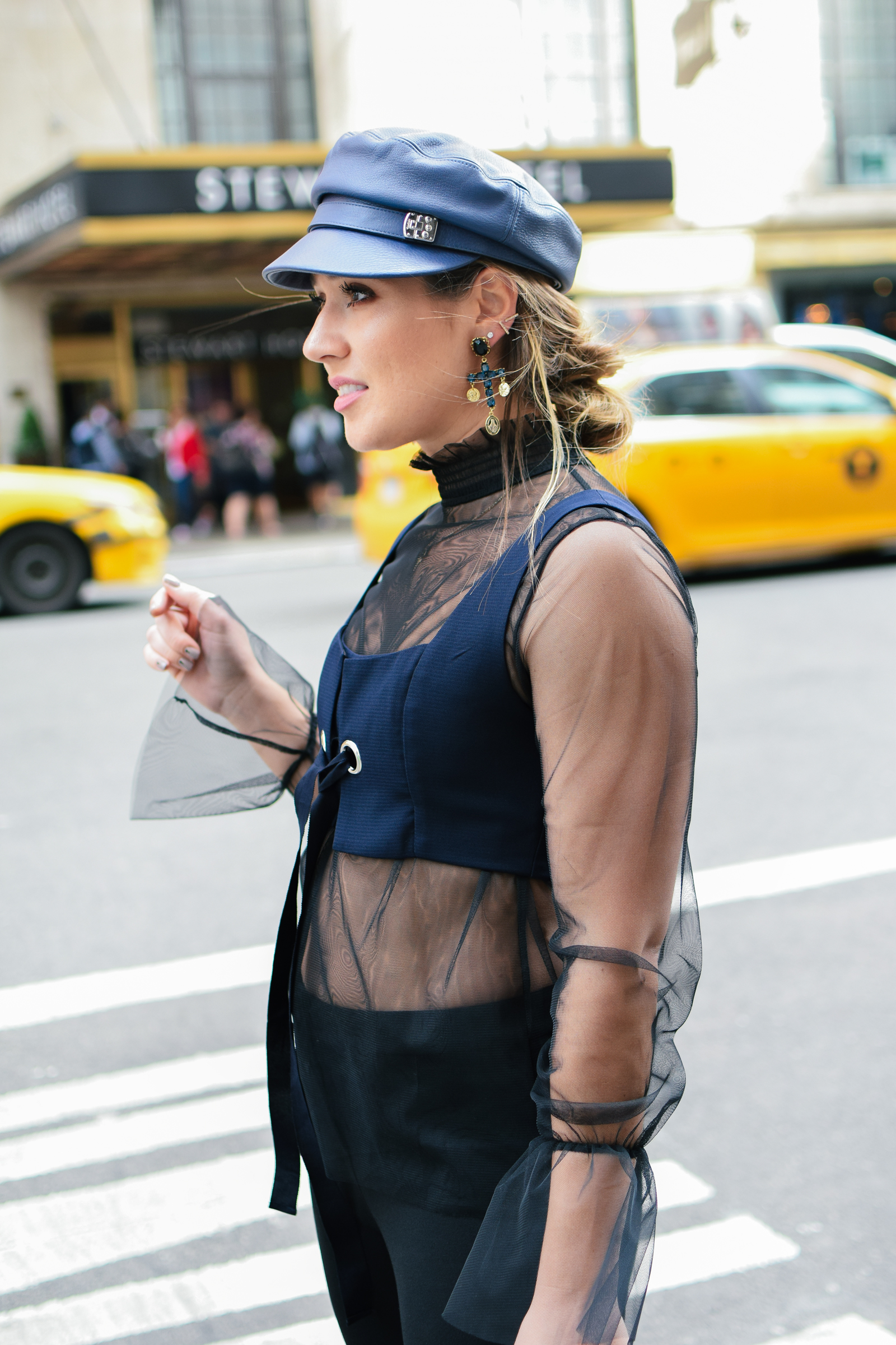 navy-hat-outfit-beret-new-york-fashion-week-streetstyle-look-nyfw-cross-earrings-statement
