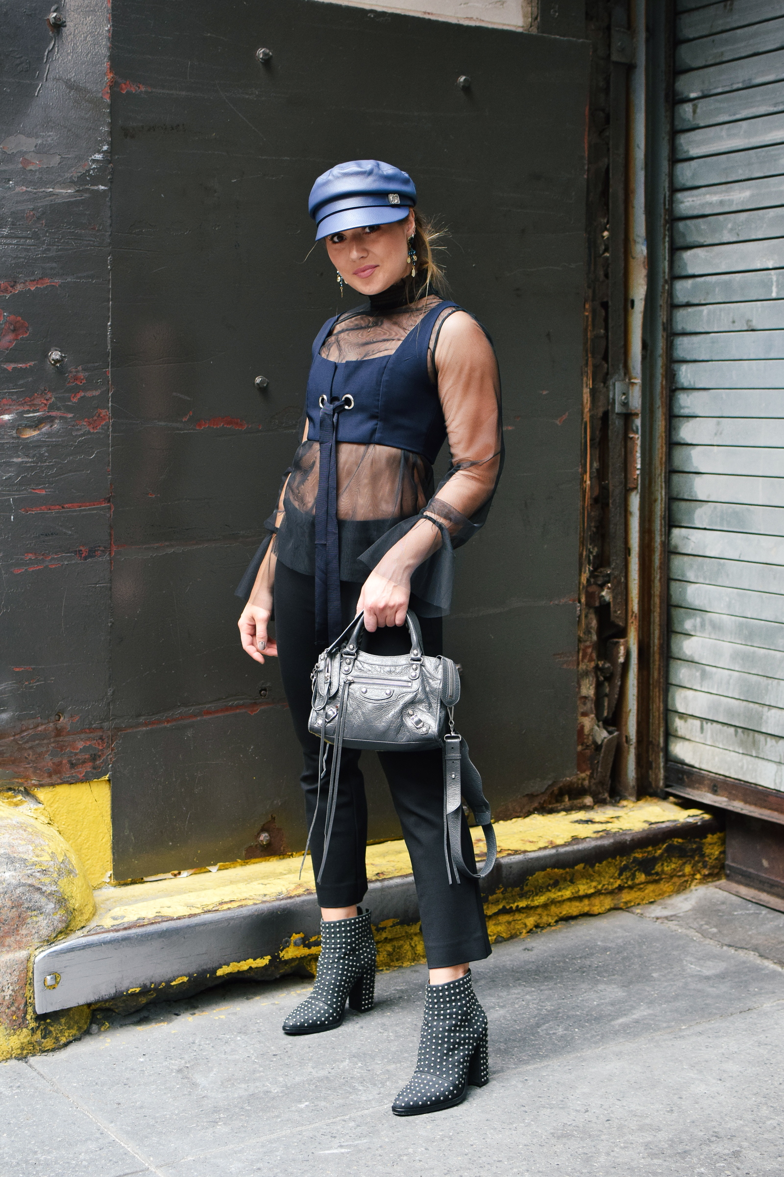 navy-hat-outfit-beret-new-york-fashion-week-streetstyle-look-nyfw-studded-boots