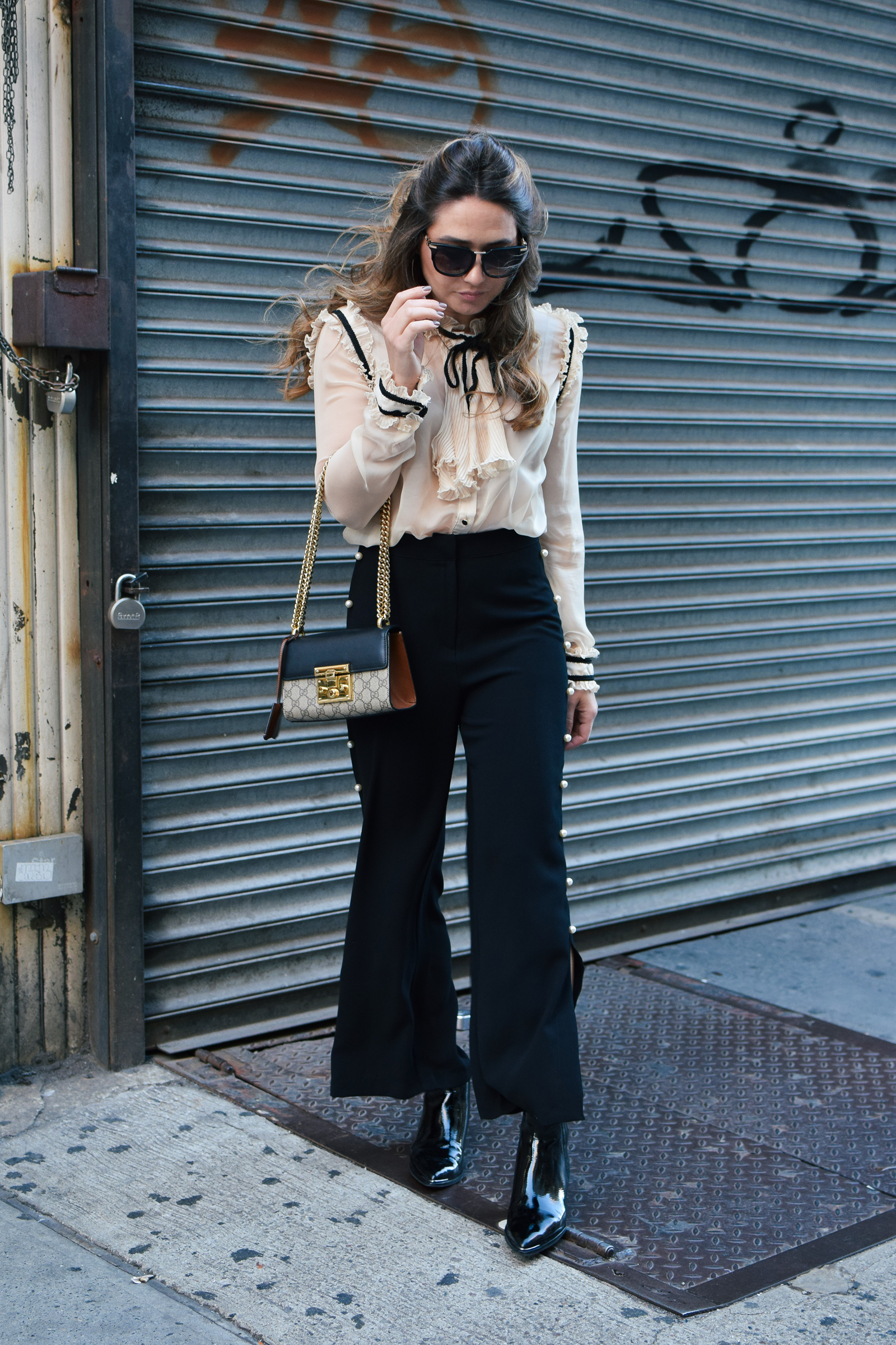 pearl-trousers-ruffle-blouse-nyfw-streetstyle-outfit-gucci-bag