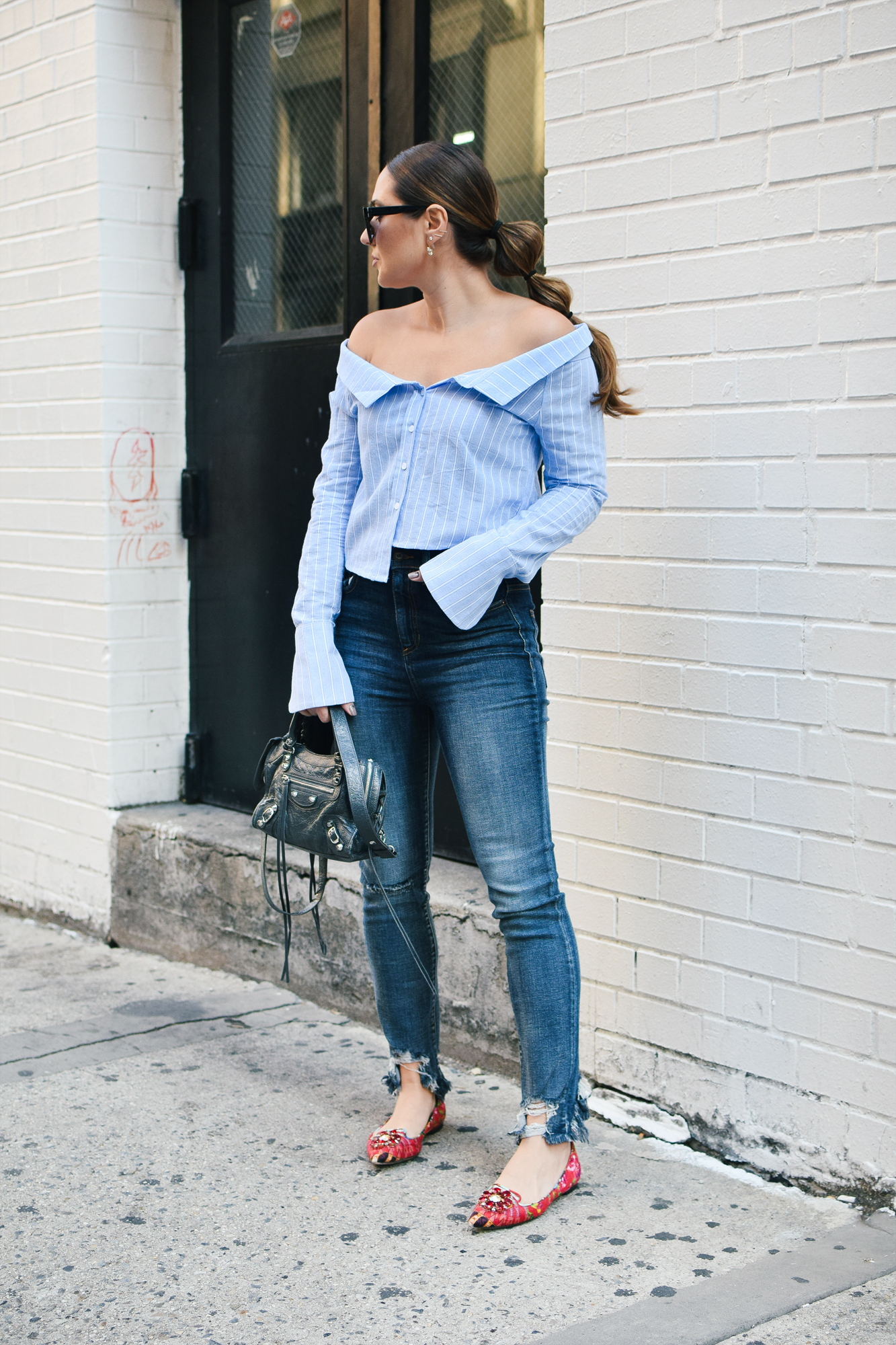 tobi-off-shoulder-striped-top-jeans-outfit