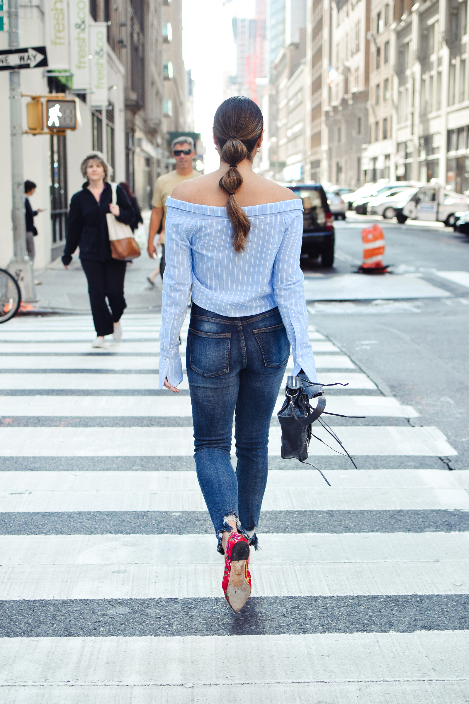 tobi-off-shoulder-striped-top-jeans-casual-outfit-nyc