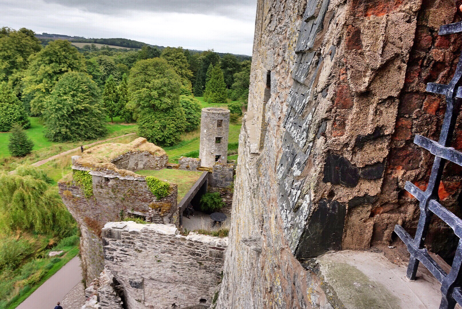 blarney-castle-ireland-top-of-castle