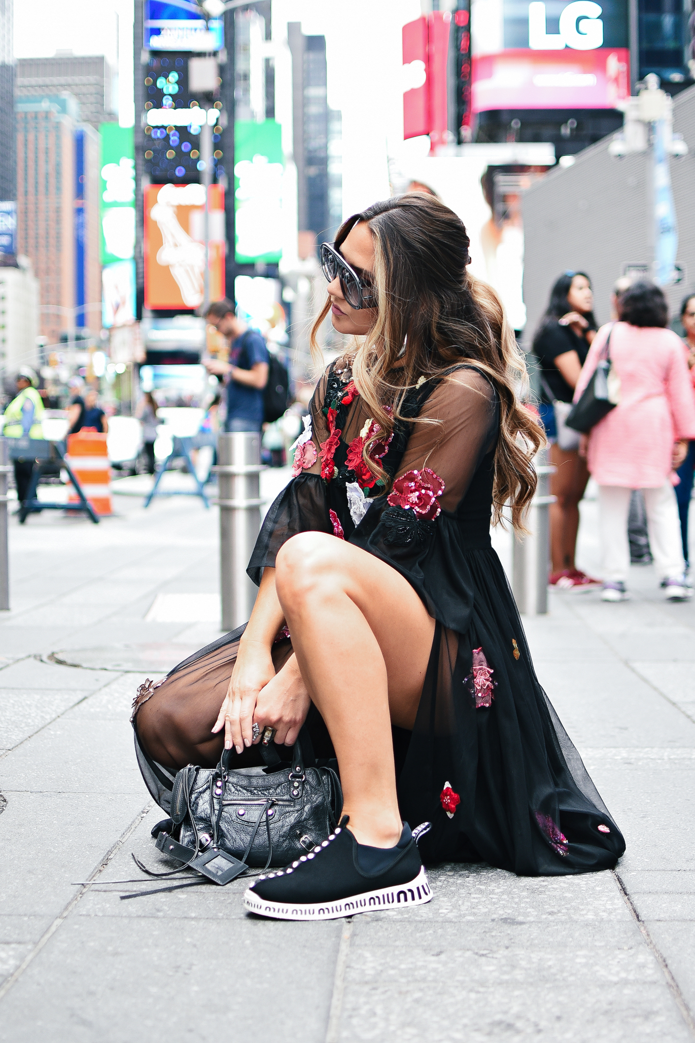 new-york-fashion-week-nyfw-street-style-looks-outfits-runway